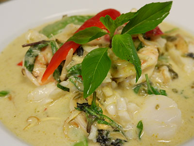 Seafood Green Curry Surang S Thai Kitchen